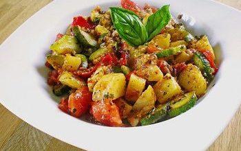 Photo of Kartoffel-Paprika-Zucchini-Topf
