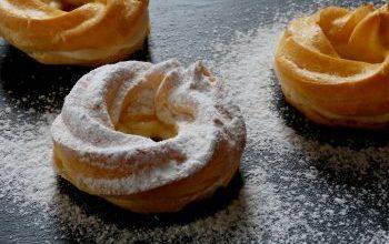 Photo of Spritzkuchen Mit Schlagsahne